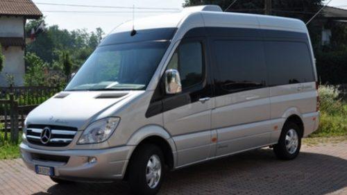minivan_mercedes