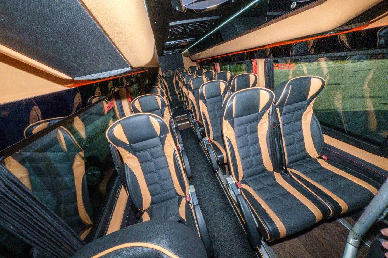 noleggio minibus con autista milano